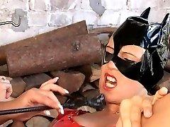 Ginas' fetish treatment