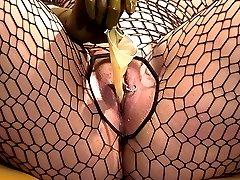 Horny gloves