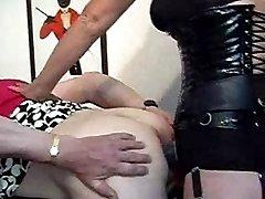 Strapon Jane fucks and stretches a slutty crossdressers ass
