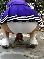 hot cheerleader has huge booty