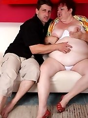 Fat mature Margaret got her huge boobies pleasured and later got fucked hard after a blowjob in...