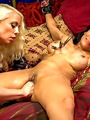 Beretta James is intrigued by an ad she finds for a lesbian call girl guaranteeing an authentic...