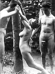 Kinky vintage naked chicks