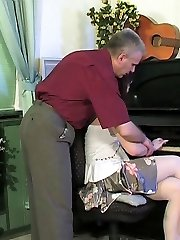 Pretty coed opening up legs for her old music teacher drinking his schlong