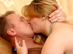 Sex-crazy mature chick toying her vagina dreaming for a dosage of male meat