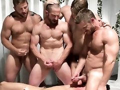 Gay group fuck-a-thon dudes jerking off at same time