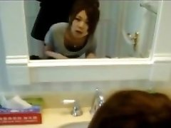 Korean Nubile GIRLFRIEND Quickie in Bathroom!