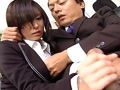 Secretary bi-atch Satomi Maeno blows cock uncensored