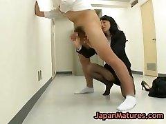 Natsumi kitahara tossing salad some dude part1