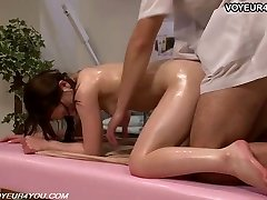 Chinese Girl Gets Body Massage Bang-out