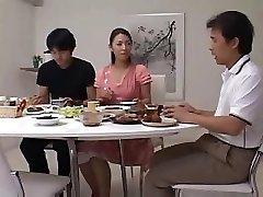 Japanese Wifey Poke Guest