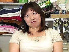 japanese plumper mature masterbation observing