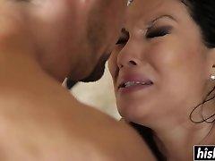 Asian beauty enjoys railing his dick