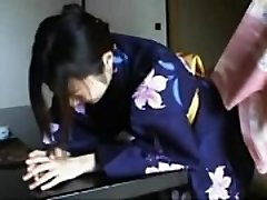 048 Kimono Damsel'_s Discipline - Smacking