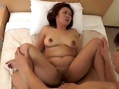 super-sexy Japanese mature (censored)