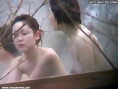 Super-fucking-hot spring voyeured body reveal