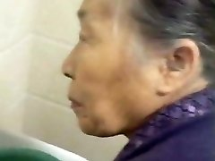 Fondling My Chinese Granny Old Coochie