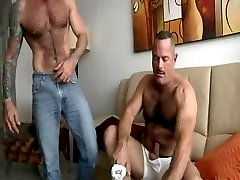 Hot mature men having good sex - maduros  transando gostoso