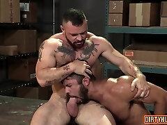 Muscle bear anal and anal jizz shot