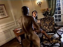 Luxurious Italian MILFs getting butt-fucked