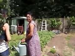 Agricultrice Madalyne la baise est dans le champion