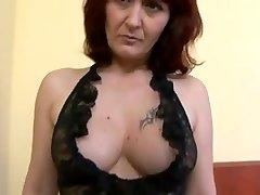 sexy mature ass poked