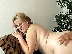 Pregnant mature lady wants to get romped properly