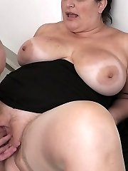 Future boss gets it on with a BBW sweetie plumbing her crevasse and knockers for a special bonus