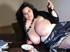 BIANCA BLOOM xxl boobs smoking