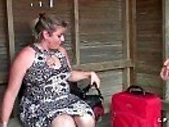 Bbw Mere de famille francaise prise en double invasion pour son-in-law casting porno