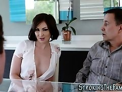 Super-sexy stepmilf face jizzed