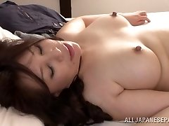 Hot mature Asian stunner Wako Anto loves position 69