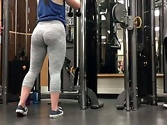 2 incredible milky gym pawg sisters!! (HUGE ASS)