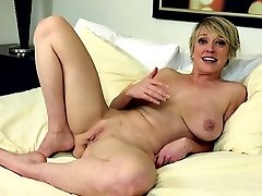 Warm milf sex and cumshot