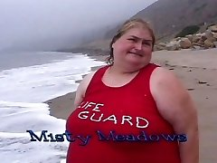 Thick lifeguard cocksluts eat food on the beach