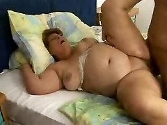 Phat Lady Hetty Yam-sized Granny Fucked Good