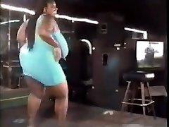 vintage bbw dancing