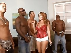 5 interracial folks lineup so that housewife Janet Mason can choose the greatest