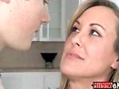 Nubile Madison Chandler and busty MILF Brandi Love 3some