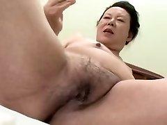 Japanese Bbw Granny shino moriyama 66-years-elderly H-0930