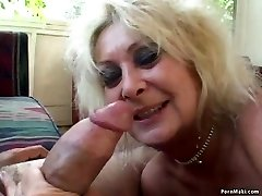 Threesome with Grannie and BBW