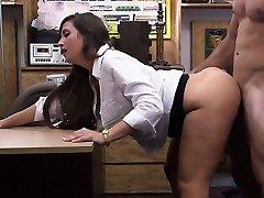 Big ass babe gets insane