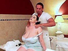 The Bbw Sauna Lady Gets Oiled Up