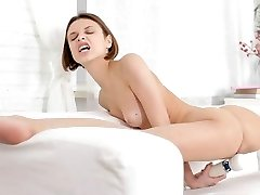 Very Flexible Teen Doll Have Fun Herself With a Big Dildo