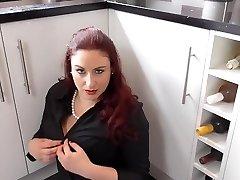 British mature mother Scorpio with big saggy tits