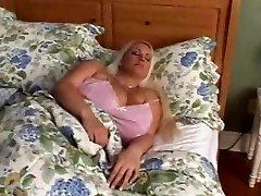Trisha Banks BBW wakeup hump