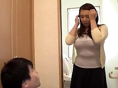 Toying With My Widow Stepmother... Yumi Kazama