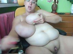 Obrovský Kozy, Obrovský Klitoris