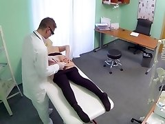 Plus-size girl squirts 9 times during examination Hospital eng slave