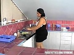 Jaw-dropping Plus-size Fresher Had That Kind Of &ldquo_Help&rdquo_ In The Kitchen!